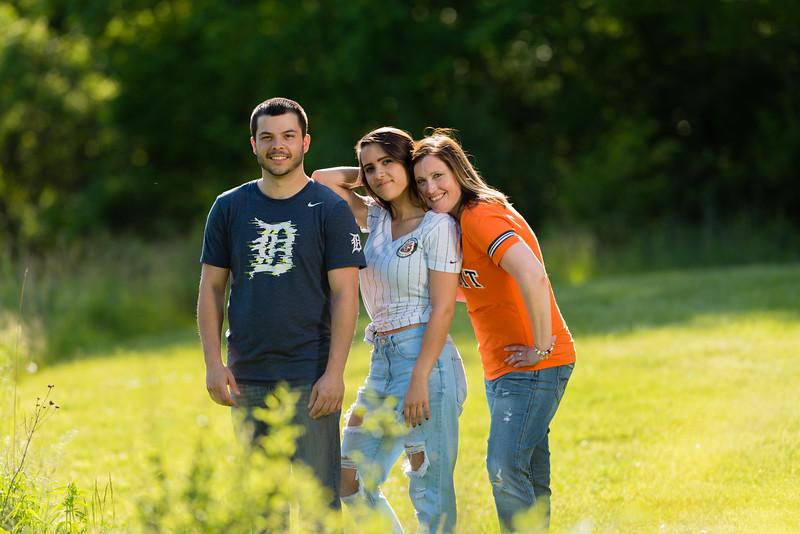 sara and family-54