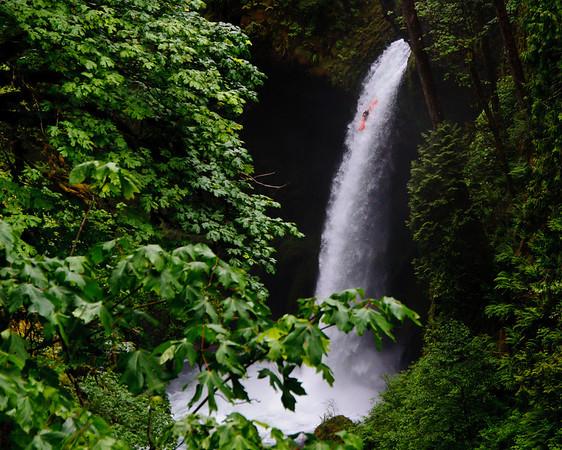Metlaka Falls - note the kayaker!