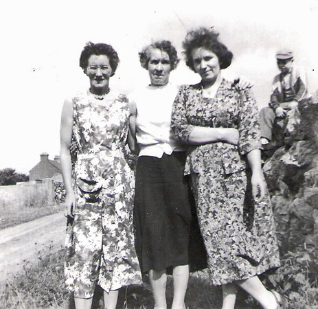 Delia, Margaret, Rose 1959a