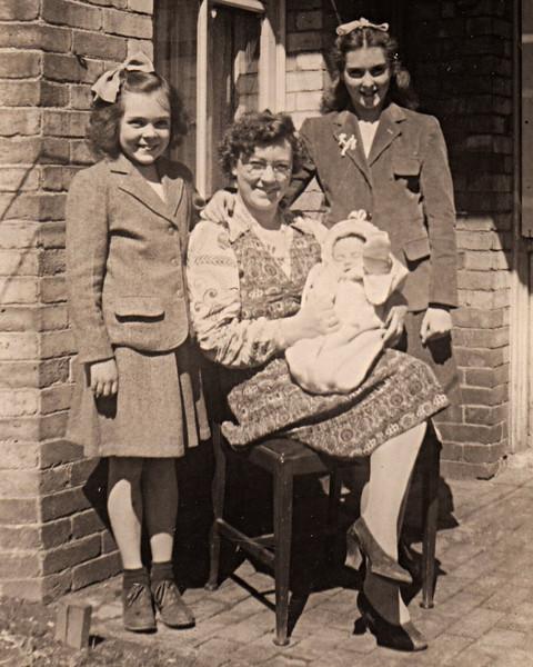 Rita & Eileen Howley with Frannie & Ann
