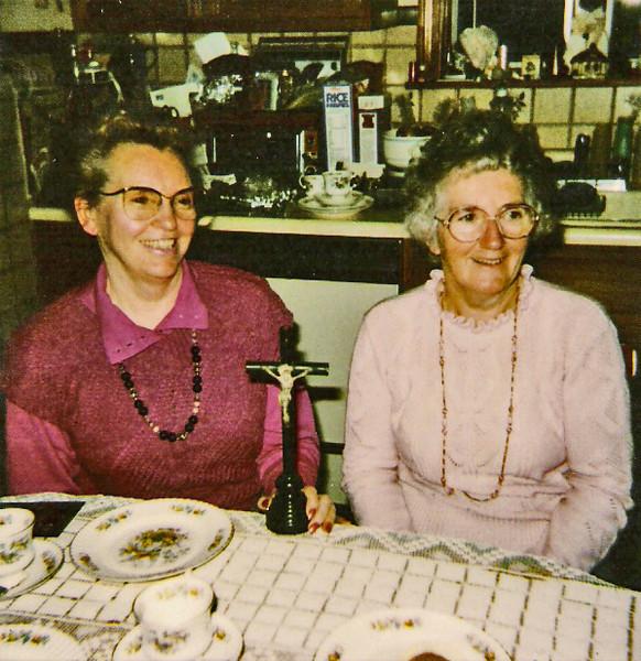 Peggy Ward Caples, Nancy Monahan 1989a