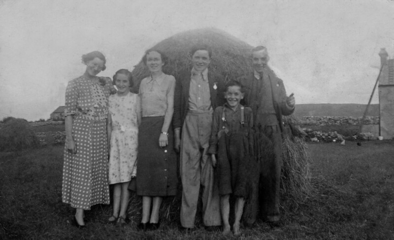 Delia, Nancy, Mary Healy, Jack, Tommy & Mick 1937