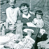 Denise Mom Karin 1958a