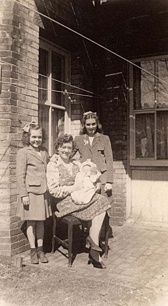 Rita & Eileen Howley with Frannie & baby
