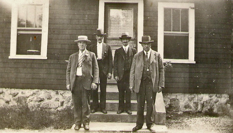 Tom, Peter, John, Mike Monahan Brighton 1929a