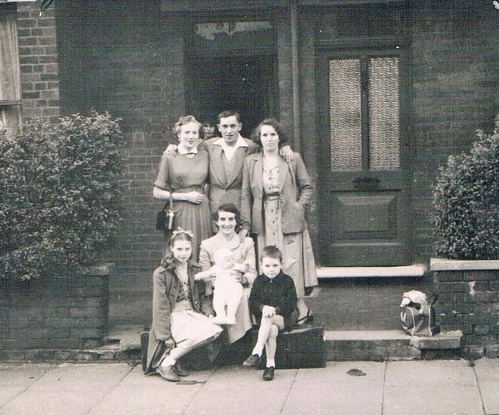 1954_England_Margaret_Jean_Tommy_Rose_Madeline_Nancy_Michael_Andrew