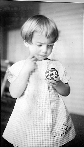 Dorothy Heysinger  abt 1924