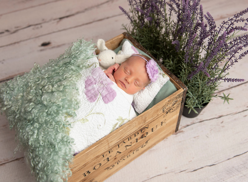 Johnson, Cora Jean Newborn (140)