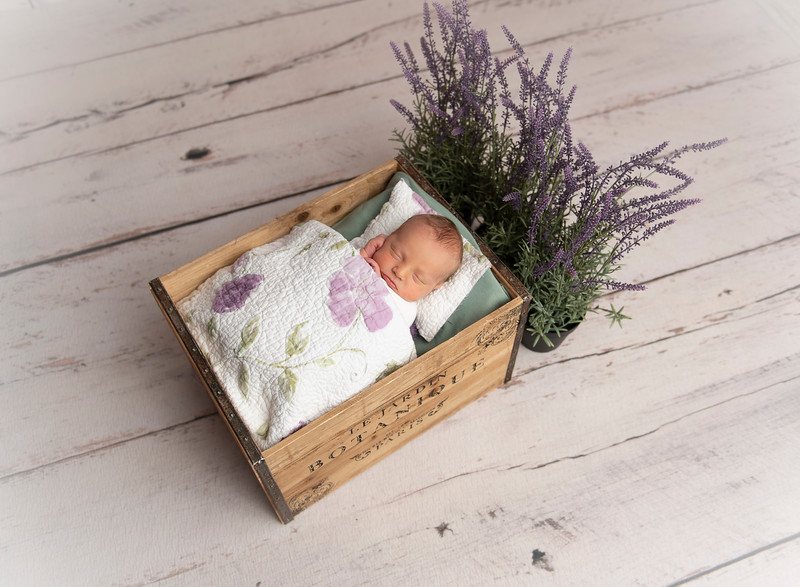 Johnson, Cora Jean Newborn (127)-Edit