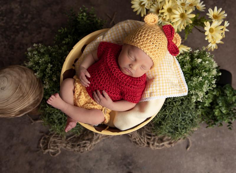 Johnson, Cora Jean Newborn (8)