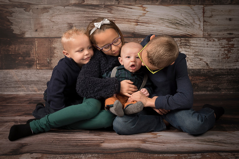 Pepin, Josh, Molly and Family (146)