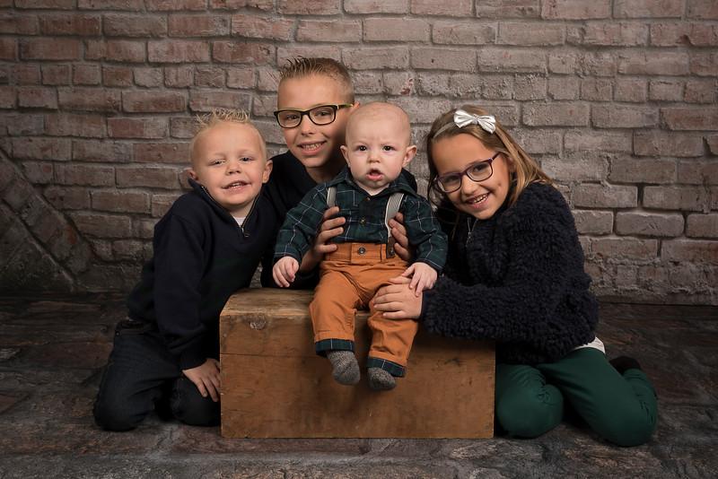 Pepin, Josh, Molly and Family (335)