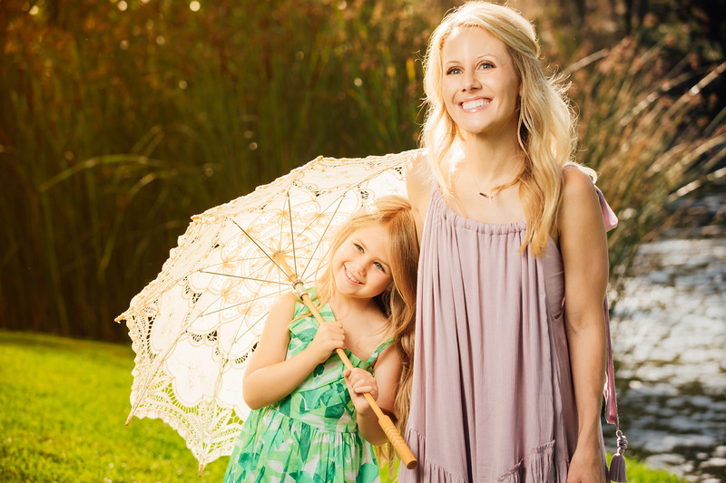 Carrie and Shawn Schuessler Family Portraits-034-6748-Edit