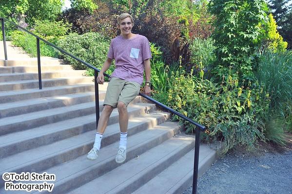 08-11-2015 Senior Pictures - Bellevue Botanical Gardens