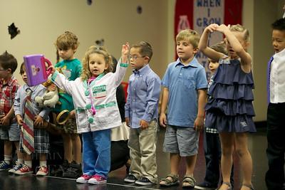 016-Los-Angeles-Family-Birthday-Preschool-Graduation-Catherine-Lacey-Photographer-Elsey