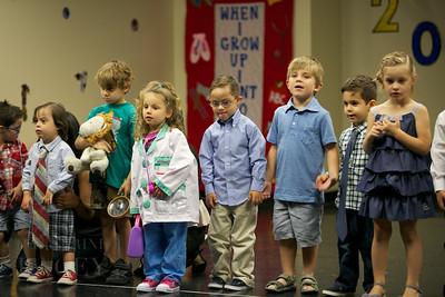 015-Los-Angeles-Family-Birthday-Preschool-Graduation-Catherine-Lacey-Photographer-Elsey