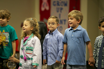 013-Los-Angeles-Family-Birthday-Preschool-Graduation-Catherine-Lacey-Photographer-Elsey