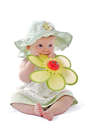 Baby and flower portrait by Jeanne McRight, Pix Photography