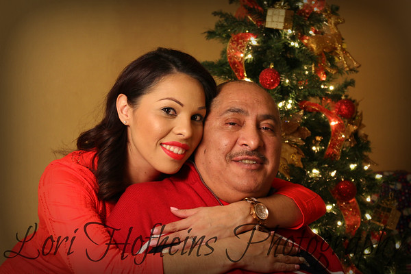 Yesenia's Family Christmas Photos