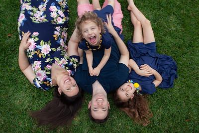 Leora's Pregnancy & Holzer Family Portraits