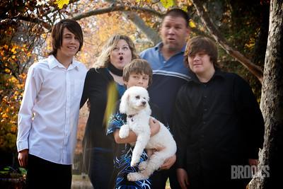 Julie Ryno Family 43