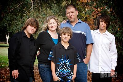 Julie Ryno Family 190