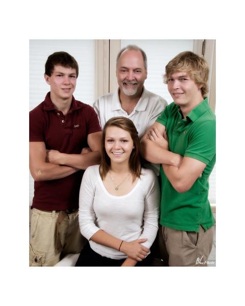 Gordy & Family (Gold) - 02