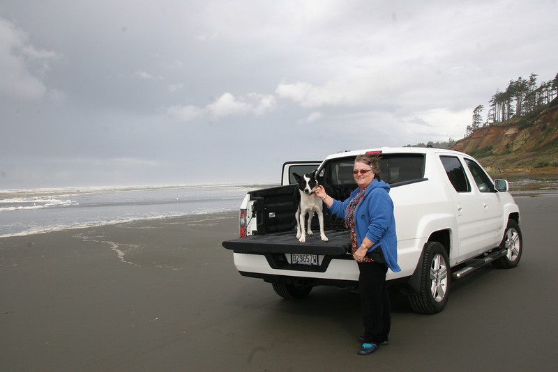 Driving on the beach... you should have seen Heather and Boomer in the back of the pickup at speed (just joking!)
