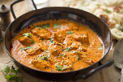 Butter chicken curry with tender chicken breast, cream, butter & honey