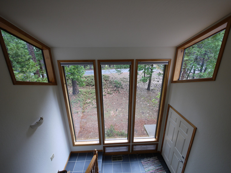 Front entryway from stairs
