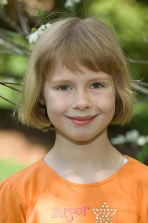 Lauren Backyard Portrait 05