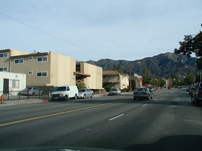Phyl's 1st apartment in Burbank