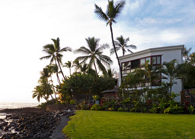 Our home for the week, 766280 Alii Drive, Kona. Want  to rent it? See the VRBO page for it at the link: http://www.vrbo.com/35786