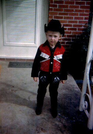 Don't mess with lil' Cowboy Red - 1965