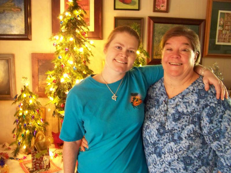 Jenna and Wendy at Sheri's house.