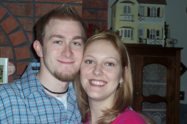 Josh and Kalyn just got engaged!  Josh gave her a ring for Christmas.  Awwww... :-)