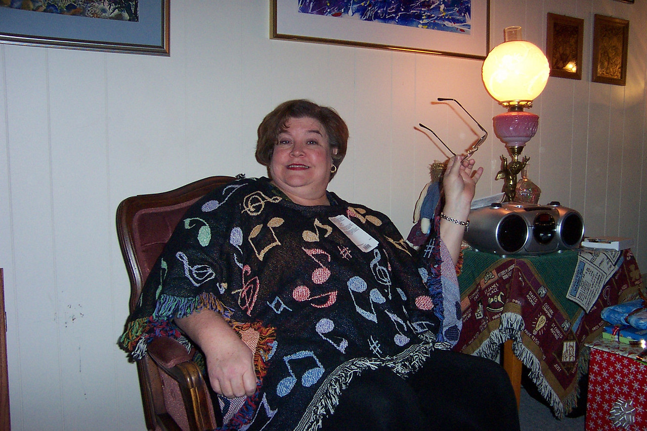 Wendy models her new musical shawl.