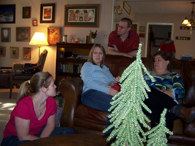 Jenna, Kalyn, Josh, and Wendy
