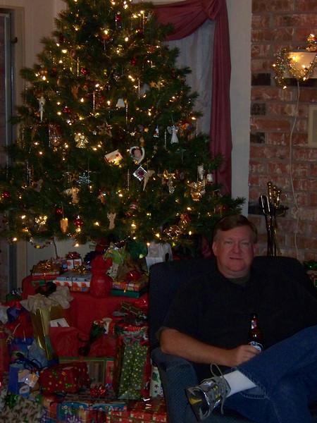 Mark 'neath the tree
