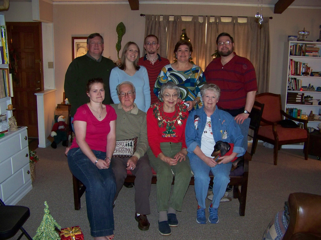 We had Christmas Day at Sheri's house.  Back row, from left:  Mark, Kalyn, Josh, Wendy, Jon.  Front row, from left:  Jenna, Dad, Mom, Sheri and Oscar.