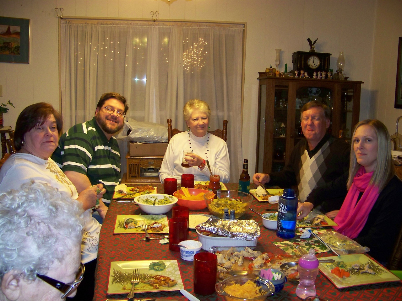 Aunt Pet, Wendy, Jon, Sheri, Mark, Kalyn.  Christmas eve dinner.