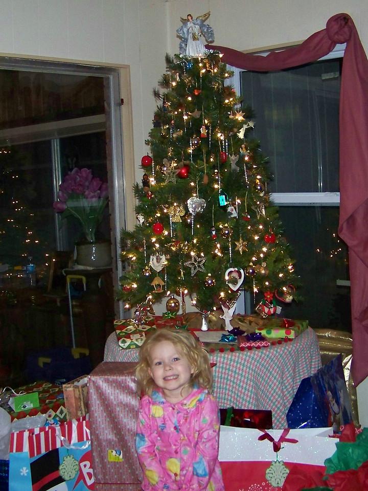 "Embyr says ""Presents! Presents! Presents!!!"""