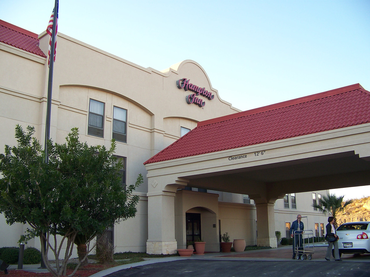 Dad and I took an overnight trip to check out a casino which is about a 2.5 hour drive from New Braunfels.  We spent the night at the Hampton Inn in the city of Eagle Pass, Texas.