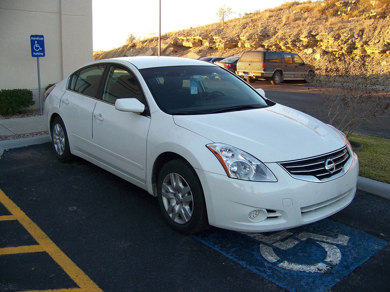 This is the Nissan I rented while I was in Texas.  It was a nice ride!