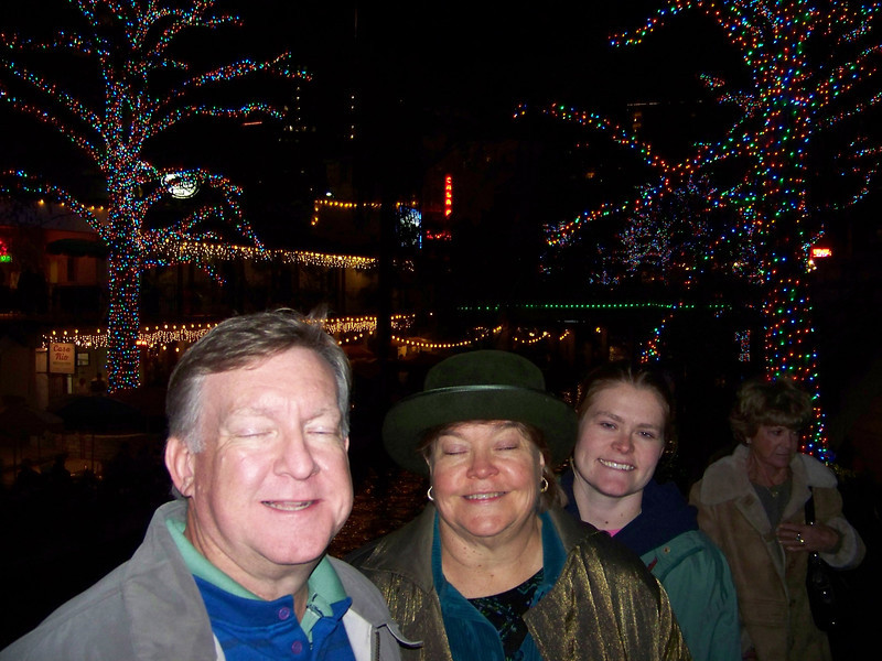 San Antonio River Walk at Christmas.  We were on one of the arched bridges over the river and it was packed with people, so I had to take this shot fast.  Mark & Wendy, sorry I didn't catch you at your best!  Jenna looks good, though.