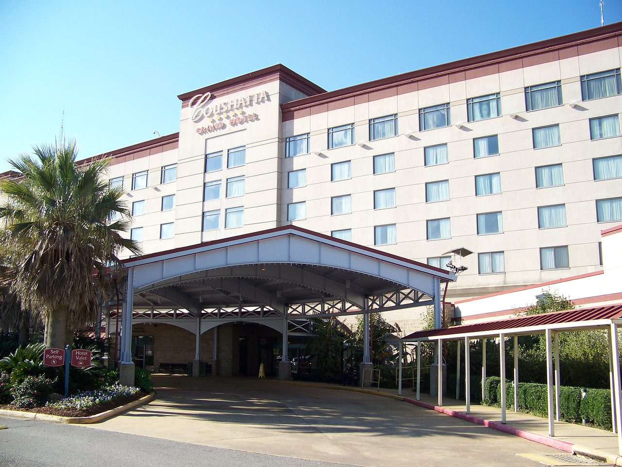 We stayed at the Grand Hotel, one of two hotels at the Coushatta Casino Resort.