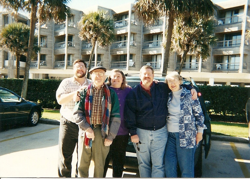 Jon, Dad, Wendy, Mark, and Mom.  I think this was at South Padre, but I don't remember the year (early 2000s?).