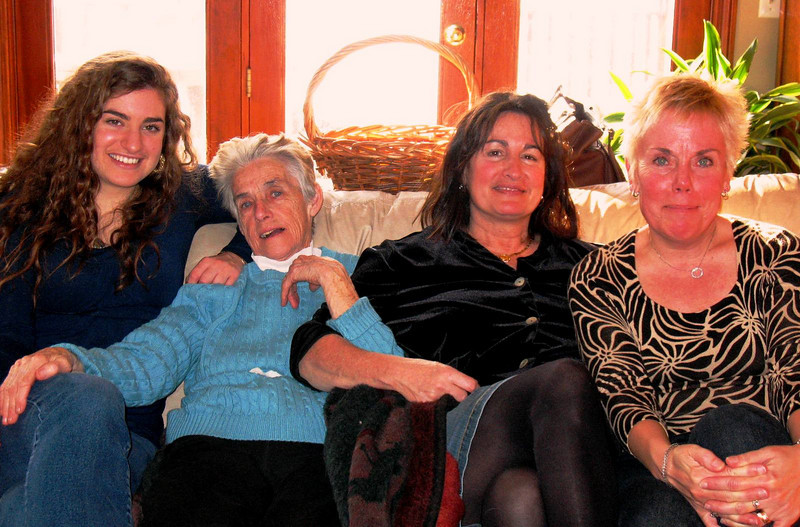 Lauren, Eva, Annette, Diane.