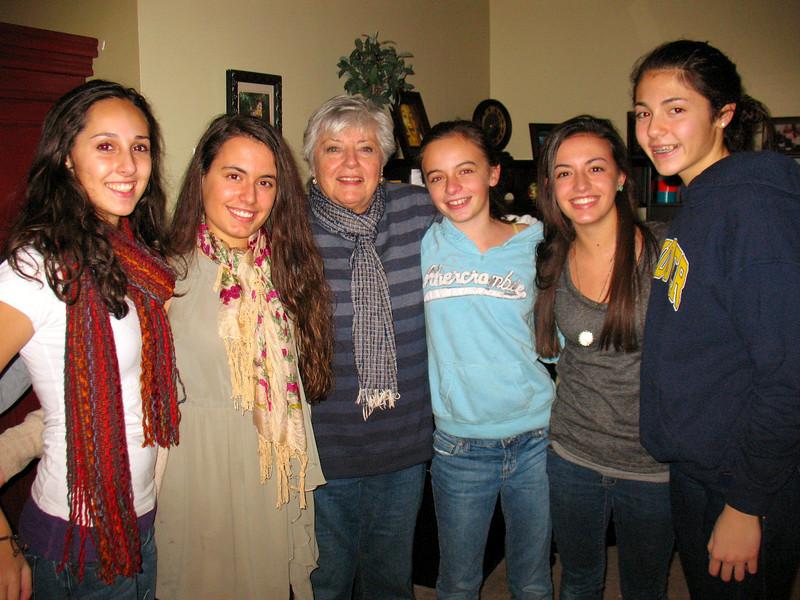 Marisa, Ali, Mom, Emma, Julia, and Talia.