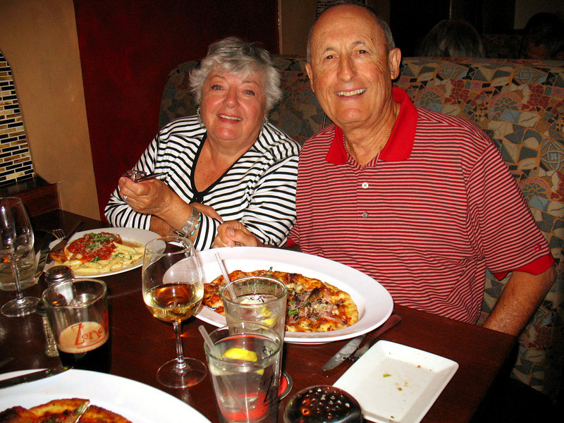 10/04/08: Mom & Dad, Zona'78.